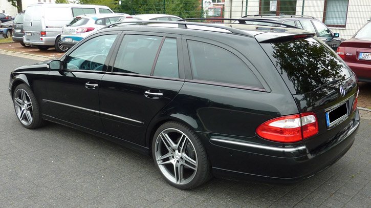 Mercedes E Black